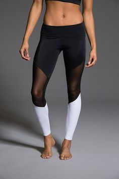 0fdaed41918570 723 Best Gymwear images   Athletic clothes, Fitness wear, Workout ...