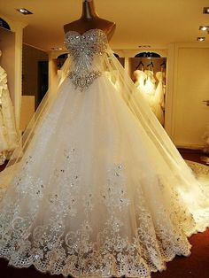 Gorgeous Sweetheart Crystal Lace Wedding Dress #wedding #weddingdress
