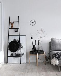 Wall art on the floor✔️ by www.peopleoftomorrow.no _ #posterart #wallart #wallartdecor #wallartdesign #graphicart #interior #interiorinspo #interiör #livingroomideas #livingroomart #artprint #postereveryday #postershop #interiorposter #interiørplakat #oslo #kristiansand #norway