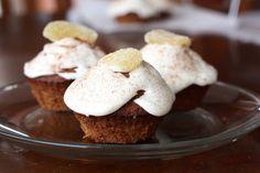 Prepare to be amazed ... these Persimmon Spice Amish Friendship Bread cupcakes are a new Friendship Bread Kitchen favorite.