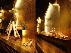 Cruise - Vitrines Dior Couture