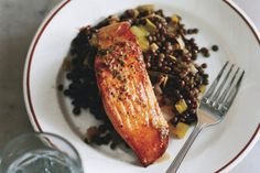 Salmon with Lentils and Mustard-Herb Butter (Saumon aux Lentilles) / photo by Romulo Yanes