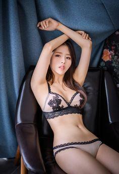 black lace bra 더잠 블랙 레이스 브라#underwear#skin#photography#girl#korea#bra#model