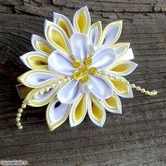 Заколка для волос с цветком