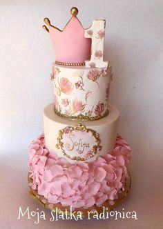 Princess cake by Branka Vukcevic - birthday /Communion/ Christmas cakes n tutorials - Pretty Cakes, Cute Cakes, Beautiful Cakes, Awesome Cakes, Torta Princess, Princess Birthday Cakes, Pink Princess, Bolo Laura, Anniversaire Hello Kitty