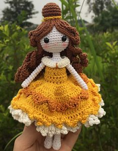 Ravelry: Doll Belle pattern by nguyen lim Crochet Dolls, Crochet Hats, Cinderella Doll, Dolly World, Amigurumi Doll, Beautiful Dolls, Free Crochet, Ravelry, Doll Clothes