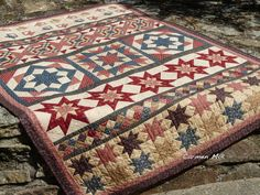 Pinch this idea for my wall haging quilt? Quilt Binding, Quilt Stitching, Sampler Quilts, Star Quilts, Quilted Gifts, Civil War Quilts, Quilt Of Valor, Antique Quilts, Quilting Designs