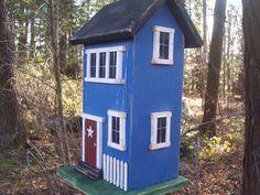 Folk Salt Box Birdhouse