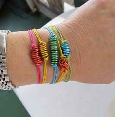 Candy, Color Block Bracelets, DIY Was planning to make friendship bracelets for the kiddos, but this is cooler and faster.Was planning to make friendship bracelets for the kiddos, but this is cooler and faster. Kids Jewelry, Jewelry Crafts, Jewelry Accessories, Handmade Jewelry, Fashion Accessories, Candy Jewelry, Jewelry Ideas, Jewelry Box, Tassel Earrings