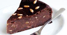 torta di pane For the chocolate lover! Triple Chocolate Mousse Cake, Honey Chocolate, Chocolate Hazelnut, Chocolate Desserts, Mocha Cake, Chocolate Fudge, Just Desserts, Delicious Desserts, Dessert Recipes