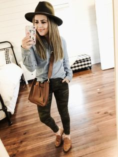 04aa52a3dc4 49 Best mom outfits images in 2018 | Maternity Style, Mom clothes ...