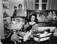 Elizabeth Taylor dolls.
