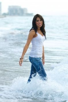 woman at the beach pictures
