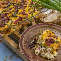 Jalapeño Popper Casserole @keyingredient #cheese #bacon #casserole