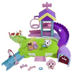 """Chubby Puppies Ultimate Dog Park with 3 Bonus Playsets - Spin Master - Toys """"R"""" Us"""