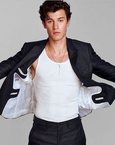 Shawn Mendes photographed by Justin Campbell for V Magazine. Shawn wears jacket, tank, pants Emporio Armani, necklace Shawn's own Shawn Mendes Memes, Shane Mendes, Cameron Dallas, Justin Campbell, Singer Songwriter, Shawn Mendes Wallpaper, Mendes Army, V Magazine, Models