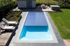 zwembad_in_tuin_met_solardek_design_vormgeving