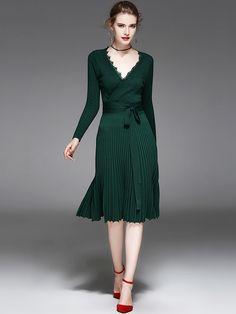 Green Wrap V-neck Knitted Rib Pleated Midi Dress   Metisu
