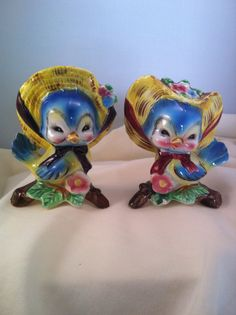 Vintage Blue Bird Salt and Pepper Shakers by platterpussplatters, $8.00