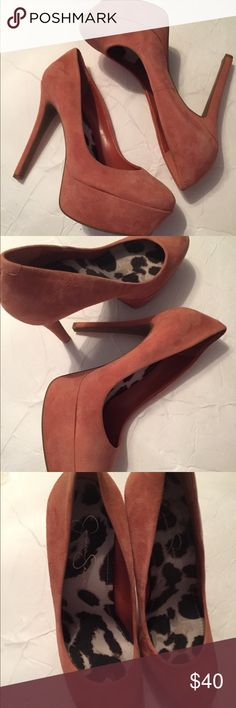 """DUSTY PINK PLATFORM STILETTOS Lovely dusty pink color on these suede platform heels. Never worn, no blemishes. Heels are 4"""" with 1 1/2"""" platforms. Jessica Simpson Shoes Platforms"""