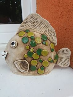 Great Photographs Clay pottery sculpture Tips Fisch – Töpfern – Ideen – Hand Painted Pottery, Pottery Painting, Ceramic Painting, Ceramic Clay, Ceramic Pottery, Pottery Art, Pottery Ideas, Fish Sculpture, Pottery Sculpture