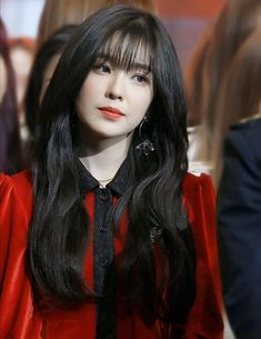 Red Velvet Irene is one of K-Pop's top visuals and she constantly proves this with stunning pictures. These pictures are irrefutable proof of Irene's beauty. Irene Red Velvet, Red Velvet アイリーン, Seulgi, Korean Girl, Asian Girl, Red Valvet, Cara Delevingne, Girl Crushes, Kpop Girls