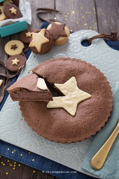 Christmas tart with chocolate cream - Chiarapassion Christmas Sweets, Christmas Time, Cupcakes, Pie Cake, Sweet Tarts, Chocolate Cream, Nutella, I Love Food, Bakery