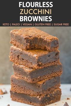 Healthy Recipes Flourless Keto Zucchini Brownies (Paleo, Vegan, Low Carb, Gluten Free)- An easy healthy fudgy gooey flourless keto brownie recipe made with zucchini and sugar free and low carb! Zucchini Brownies Paleo, Vegan Zucchini Recipes, Zucchini Desserts, Keto Brownies, Paleo Vegan, Healthy Brownies, Vegan Sugar, Coconut Sugar, Vegan Baking