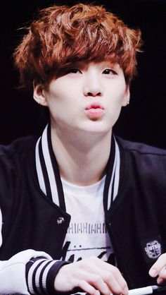 wanna kiss suga, vote for BTS for best new male artist for MAMA!!!!!!!!!!!!!