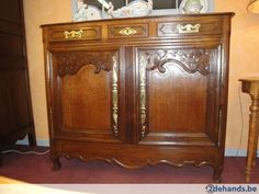 Antieke eiken meubelen
