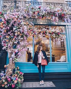 Springing into action on The Londoner today! Link in my Stories Springing into action on The Londoner today! Link in my Stories - Coffee Shops, Flower Cafe, Cafe Seating, Spring Into Action, Outdoor Cafe, Flower Aesthetic, Shop Fronts, Shop Interiors, Cafe Design