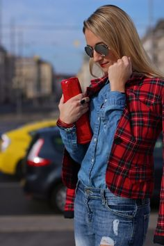 Destroyed & checkered with boyfriend jeans and blazer :-) . Boyfriend Jeans, Casual Outfits, Plaid, Blazer, My Favorite Things, My Style, Clothes, Collection, Fashion