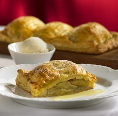 Royal Caribbean Cruise Line RCCL Recipe! Our warm Apple Parcel will keep you coming back for seconds. #pastries #recipes