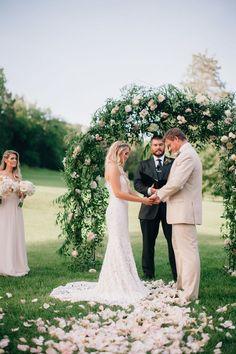 Softly Lit Outdoor Wedding :: Elizabeth+Charlie Cedarwood Weddings | All Inclusive Designer Weddings | Cedarwood Weddings
