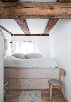 Elevated bed with storage below in an C warehouse home, in Copenhagen. Plywood Storage, Bed Storage, Extra Storage, Storage Drawers, Home Bedroom, Bedroom Decor, Bedroom Ideas, Bedroom Loft, Bedroom Designs