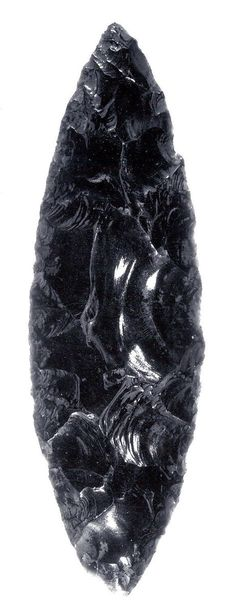 obsidian volcanic glass is this a shard or a petrified crystal Minerals And Gemstones, Rocks And Minerals, Native American Artifacts, Beautiful Rocks, Rock Collection, Mineral Stone, Rocks And Gems, Chakras, Stones And Crystals