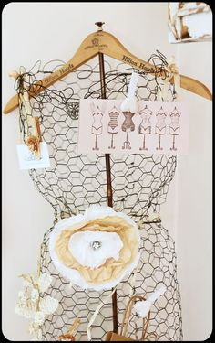 chicken wire and old hanger dress form - Junk Chic Cottage