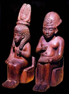 Amenhotep III and and Queen Tiye. PELIZAEUS-MUSEUM Hildeheim 53 a-b made of wood, provenance unknown
