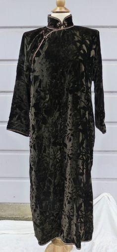 Vintage Dk. Brown Velvet Asian Cheongsam Qipao dress