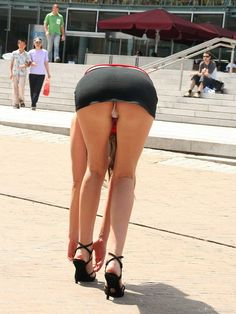 Sexy ass bent over public