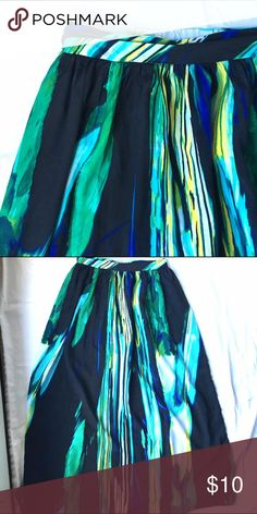 ⏰LAST CHANCEMulti Color Maxi Skirt Excellent condition full length maxi skirt with vibrant colors. Worthington Skirts Maxi