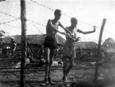 De mensen in het jappenkamp kregen weinig eten en stierven vaak door uithongering.