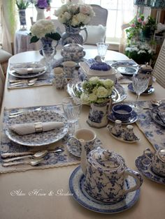Aiken House & Gardens: Blue & White Transferware Tablescape by clarice Blue Dishes, White Dishes, Blue And White China, Blue China, Beautiful Table Settings, Blue Rooms, Deco Table, Decoration Table, White Decor