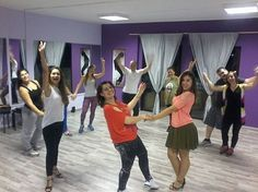 <<Salsa rueda>>.......i m lovin it!!!  #dance #latin_dance #dance_lessons