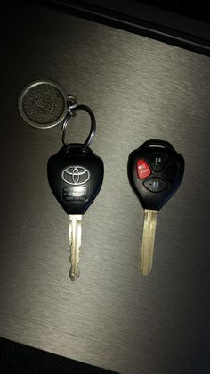 Key replacement and programming on 2013 Toyota Yaris by A+ Smog & Muffler San Bernardino, Ca.If you lose your keys or just need an extra one give us a call or check out our locksmith website.Phone 909 881 3038.www.vehicle-locksmith.com