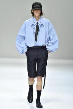 DressedUndressed Tokyo Spring 2017 Collection Photos - Vogue