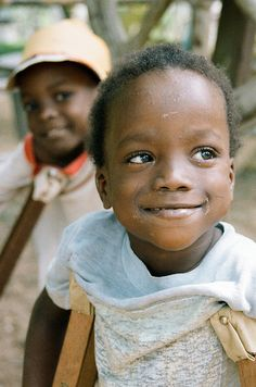 If I never get hitched...no biggie,  I'll just move to Africa and open my own orphanage  and take care of kiddos such as these little darlings