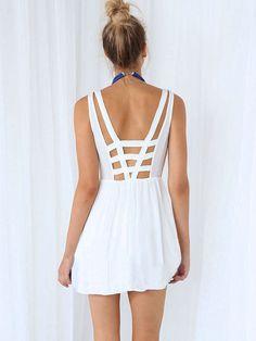 White Strappy Sleeveless Sheath A-line Pleated Mini Dress