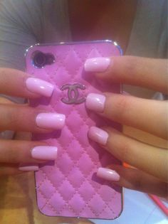 CHANEL Pink iPhone Case .:JuSt*!N*cAsE:.