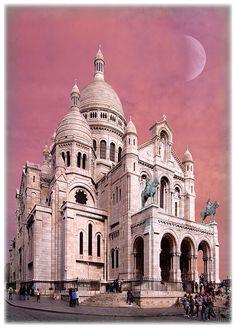 Basilique du Sacre Coeur...pink sky!